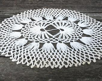 Vintage Crochet Oval White Doily