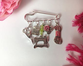 Quirky crafter brooch ~ Silver plated ~ Unusual gift for crazy crafters ~ Gift for friend or mum ~ Unusual present x