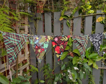 Christmas Bunting - garland, pennants, banner Black colours 15 fabric flags 60 inches Juniper Berry fabric