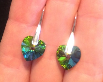 Swarovski element earrings - green - heart
