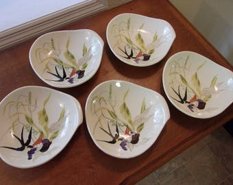 Redwing Pottery,made in USA,cereal bowls,hand painted,323,(5) bowls,stoneware,Capistrano pattern,bird,fruit,textured,dining,collectible