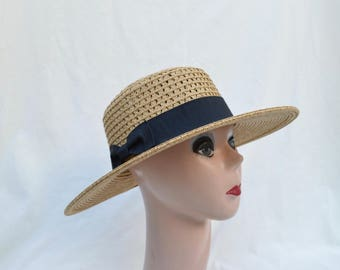Straw Boater Hat With Black Ribbon Band / Straw Boater Hat / Natural Heather Women's 3 Inch Brim Straw  Hat / Retro Style Summer Straw Hat
