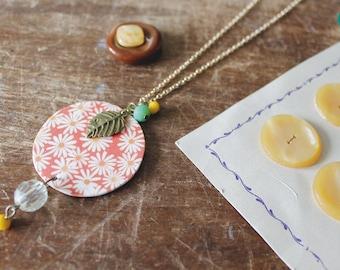 Daisy chain, daisy necklace, sprink necklace, orange necklace, chain charms, summer chain, inkjet shrink plastic, fragiù, fragiu, summer