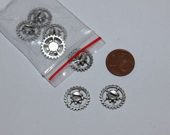 Set of 7 gears 14mm, silver charms