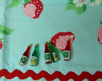 five wee tiny dollhouse bottles