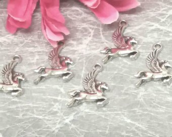 5 charms Pegasus winged horse in silver for creating jewelry.