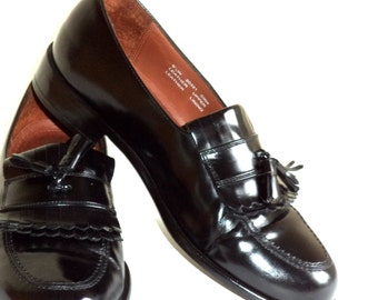Size 9.5 W Wide BOSTONIAN CLASSICS Men's Loafers Tassel Kiltie Shoes Black Dress Refurbished Leather Excelent Condition Highest Quality