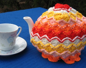 Tea cosy in Bavarian crochet. Made to order in colours of your choice. Sized to fit a 4-6 cup teapot unless you would like another size.