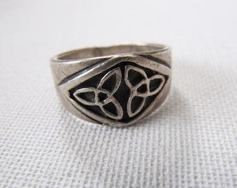Vintage Men's Sterling Silver Celtic Knot Ring, Silver Trinity Knot Ring, Silver Black Oxidised Ring, Unisex Silver Celtic Pattern Rings