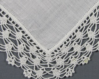 Lace Edged White Linen for a Summer WEDDING Vintage Hankie Handkerchief