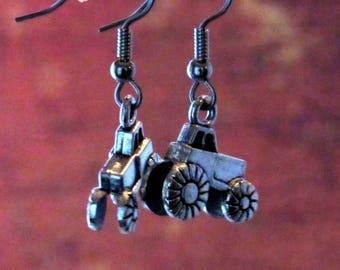 Tractor jewelry, for country girl, big green tractor, 4-h jewelry, FFA jewelry, southwestern jewelry, farm life jewelry, country western