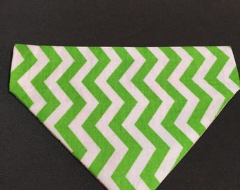 Extra Small over the collar reversible dog/cat bandana with flowers on one side and lime green chevron on other side