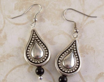 Silver Earrings, Black Onyx Earrings, Teardrop Earrings, Bohemian Earrings, Boho Jewelry, Silver Jewelry, Gifts for Her Mom, Sister, Friend