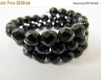 On Sale Vintage Black Glass Beaded Spiral Bracelet Item K # 2089