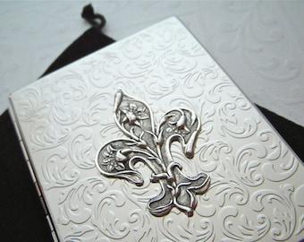 Retro Cigarette Case Fleur De Lis Art Nouveau Victorian Steampunk Big Card Holder Shiny Chrome Silver Plated Metal Wallet Vintage Inspired