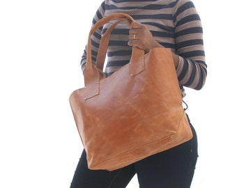 leather tote bag , women leather bag , leather laptop bag , leather market bag , ladies laptop bag , leather shopping bag , Shoulder bag