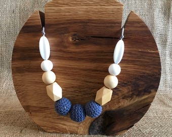 Breastfeeding Teething Sensory Necklace - Navy Blue