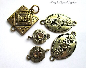 Antique Brass Jewelry Findings, Renaissance Style Magnetic Clasp, Connector Links, Amber Rhinestones, Gold Bronze Color - 5 Pieces  SP610
