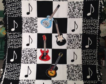 GUITAR and MUSIC NOTE Fleece Blanket