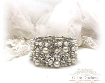 Bridal bracelet, Wedding bracelet, Pearl bridal cuff, crystal cuff, pearl bracelet, wedding jewelry bracelet, evening bracelet, prom jewelry