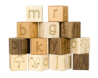 13 Stück Baby Namen Blöcke - Holzblöcke - Kinderzimmer Dekor - Kinderzimmer-Namensschild