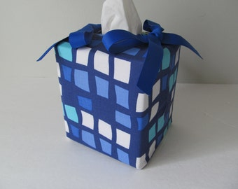 Tissue Box Cover/Windows