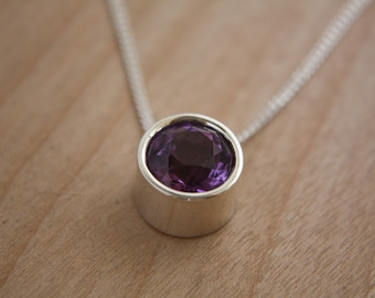 Amethyst and sterling silver pendant with chain ( 10 mm stone) / necklace / amethyst / stone / amethyst necklace / february / birthstone /