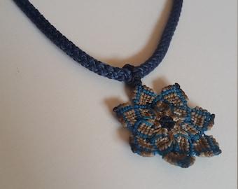 MANDALA | Necklace with Mandala macramé Pendant
