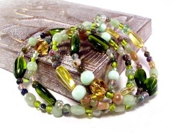 Golden Green Apple Beaded Bracelet - Memory Wire Bracelet