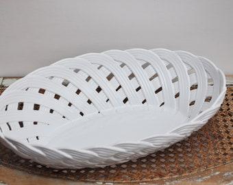 White ceramic bread basket / Braided ceramic / white faience / Pots holder / French decor / Vintage Gift