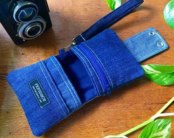 Indigo Cube Wallet ---------- Double Snaps, 5 Pockets, Wrist Strap