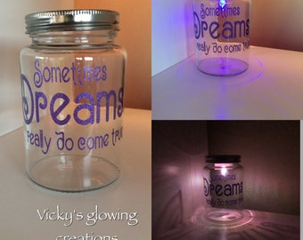 Colour changing Dreams jar