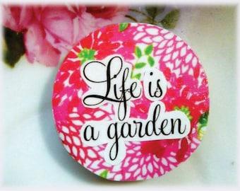 Magnet, Paper, Art, Flower, Garden, Quote, Inspiration, Collage, Decoupage, Modern, Graphic, Illustration, Pink, Red, Green, White, Black
