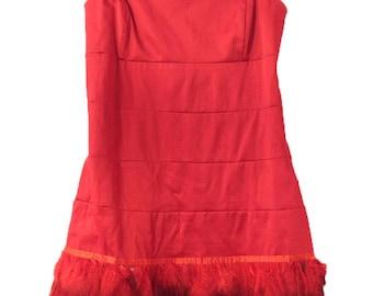 Vintage / Red Elegant Feather Strapless Dress