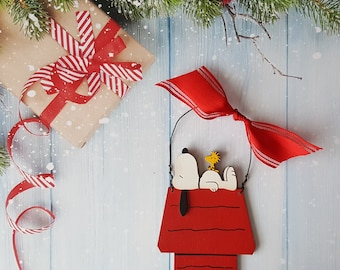 Snoopy Christmas Ornament, Charlie Brown, Lucy, Peanuts Personalized Christmas Ornament