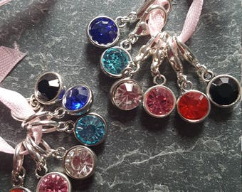 6  knitting or crochet stitch markers . Sparkles