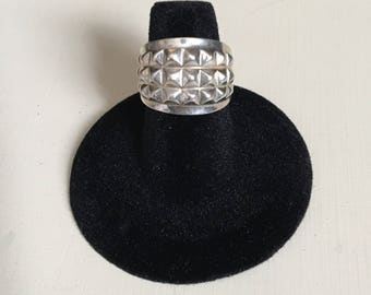 Silver 925 spike pyramid ring size 5.5