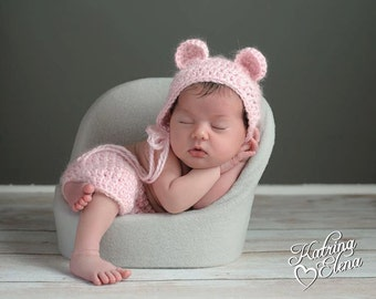 Newborn Bear Prop/ Baby Bear Photo Prop/ Gender Neutral Prop/ Crochet Bear Hat/ Bear Bonnet/ Animal Theme Nursery/ Baby Shower Gift
