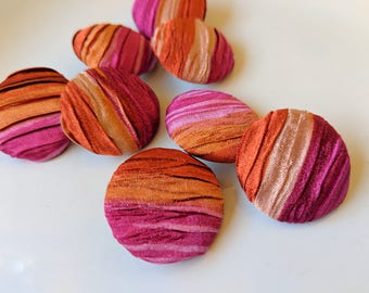 12 Pieces  22 mm  Orange and Hot Pink Pleated Fabric Sewing Buttons with Metal Back.