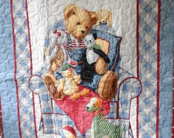 Quilt - Quilted Baby Blanket - Baby Quilt - Gender Neutral Baby Quilt for Boy or Girl - Story Time Bear