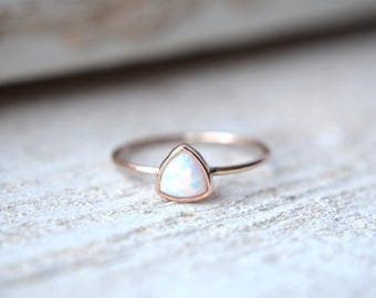 14k Solid Gold Opal Ring- Rose Gold Opal Ring, Gold Opal Ring, Gold Trillion Opal Ring, Triangle Opal Ring,Opal Gold Ring, Minimal Opal Ring