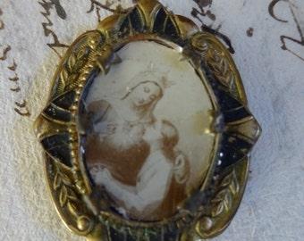 Antique Virgin Mary Reliquary Locket