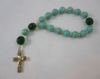 Green Riverstone and Emerald Green Fire-Polished Glass Chaplet