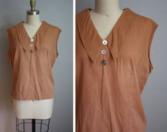 1950's Terracotta Blouse // Pointed Collar // Large