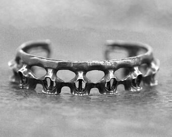 Zilveren schedel armband