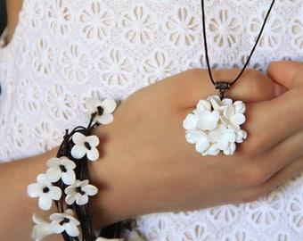 Handmade  bracelet  Polymer clay  Bracelet  Floral  Wedding bracelet Charm Bracelets  Bangles  Polymer clay jewelry flower bracelet lilac