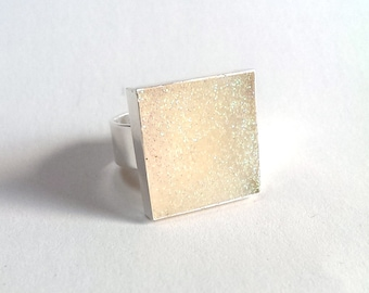 Glittery Pearl Resin Square Ring