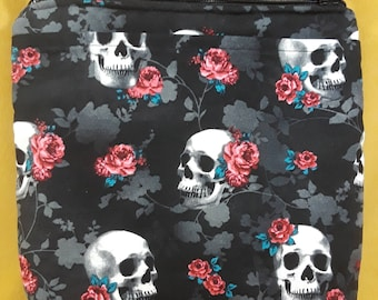 Skulls and Roses Crossbody Pouch bag