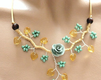 Green and yellow Topaz beads branch necklace