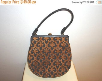 50% OFF Beautiful Vintage Tapestry/Leather Frame Handbag/Purse and Coin Purse